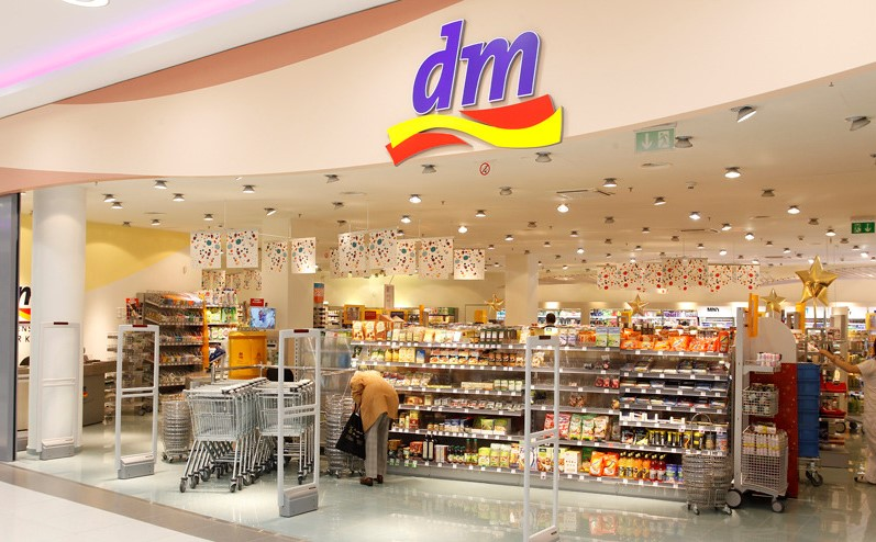 E-commerce: German drugstore Dm now offers click and collect