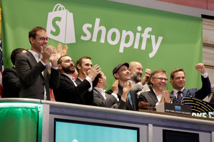 """E-commerce: Shopify launches bank account """"Shopify Balance"""" and debit card for merchants"""